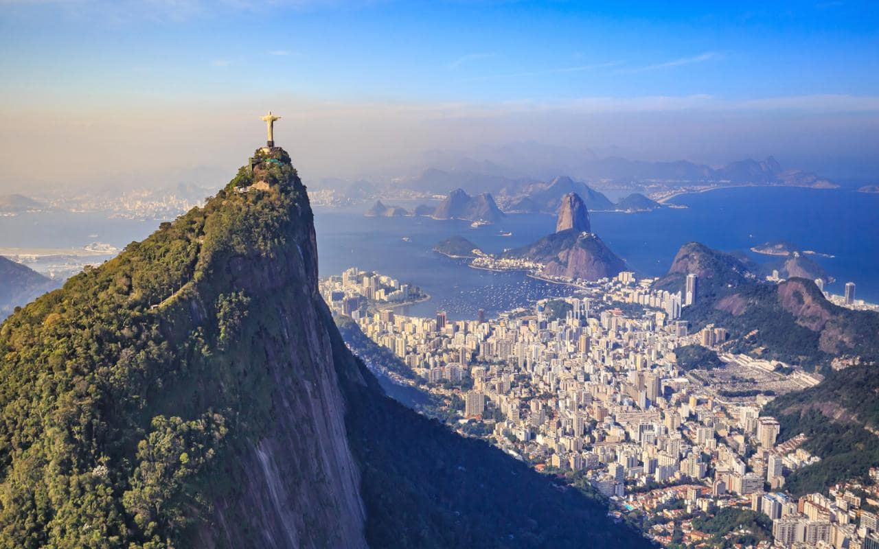 Vuelos baratos a Rio de Janeiro desde Buenos Aires por ARS 8.600 finales