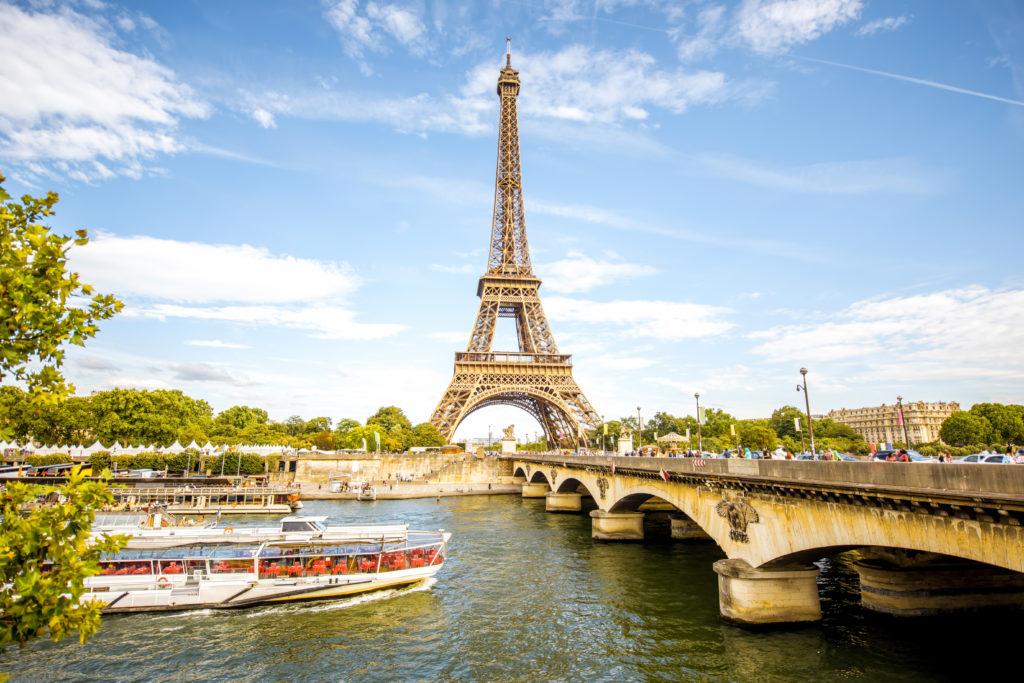 Vuelos baratos a París desde Buenos Aires por ARS 28.298 finales