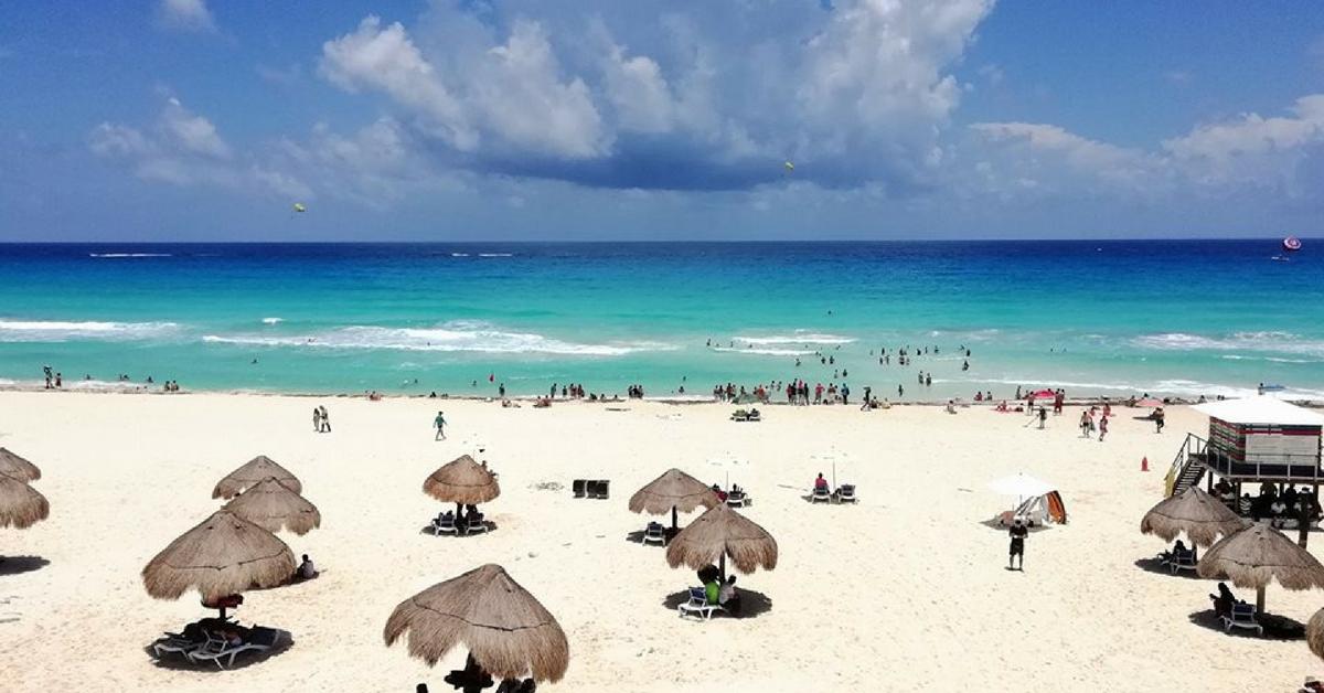 Vuelos baratos a Cancún desde Buenos Aires por ARS 22.838 finales y en 6 cuotas sin interés